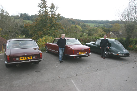 At the Wheatsheaf Inn, Combe Hay. KY Red, David Williams-Young with his red 411S5 (note the difference in the rear windshield), and Clive Best with his green 403.