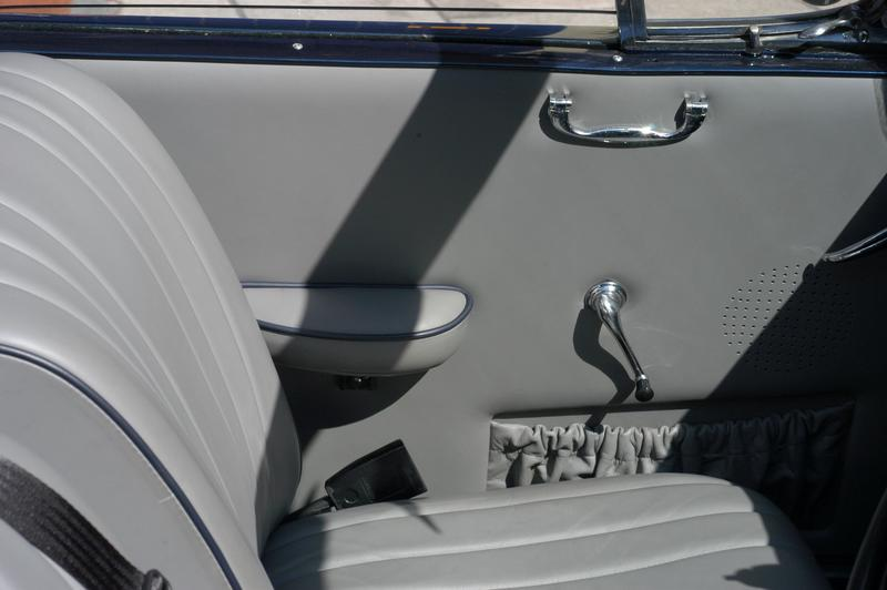 405 drophead interior door panel view